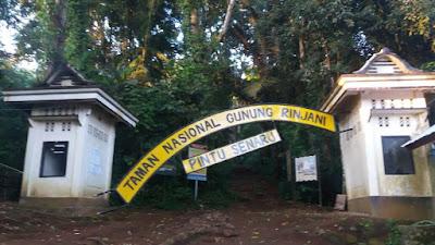 Gapura Taman Nasional Gunung Rinjani Terdampak Gempa Bumi