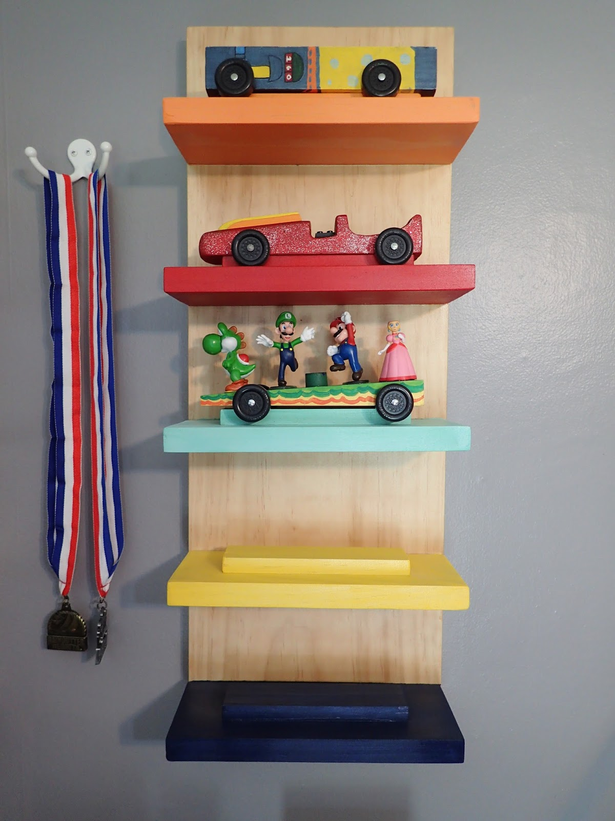 Twinfamous Diy Cub Scout Pinewood Derby Display Rack