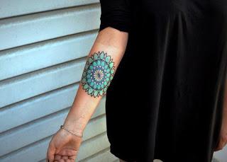 tatuaje mandala mujer 12