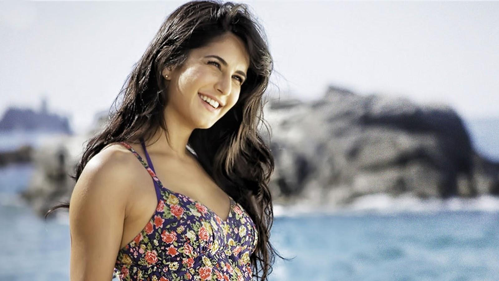 11 bollywood actress katrina kaif hd wallpaper download   bikini hd