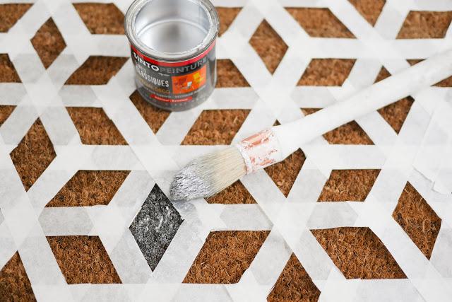 Paint FLOATING DIY NIGHTSTAND
