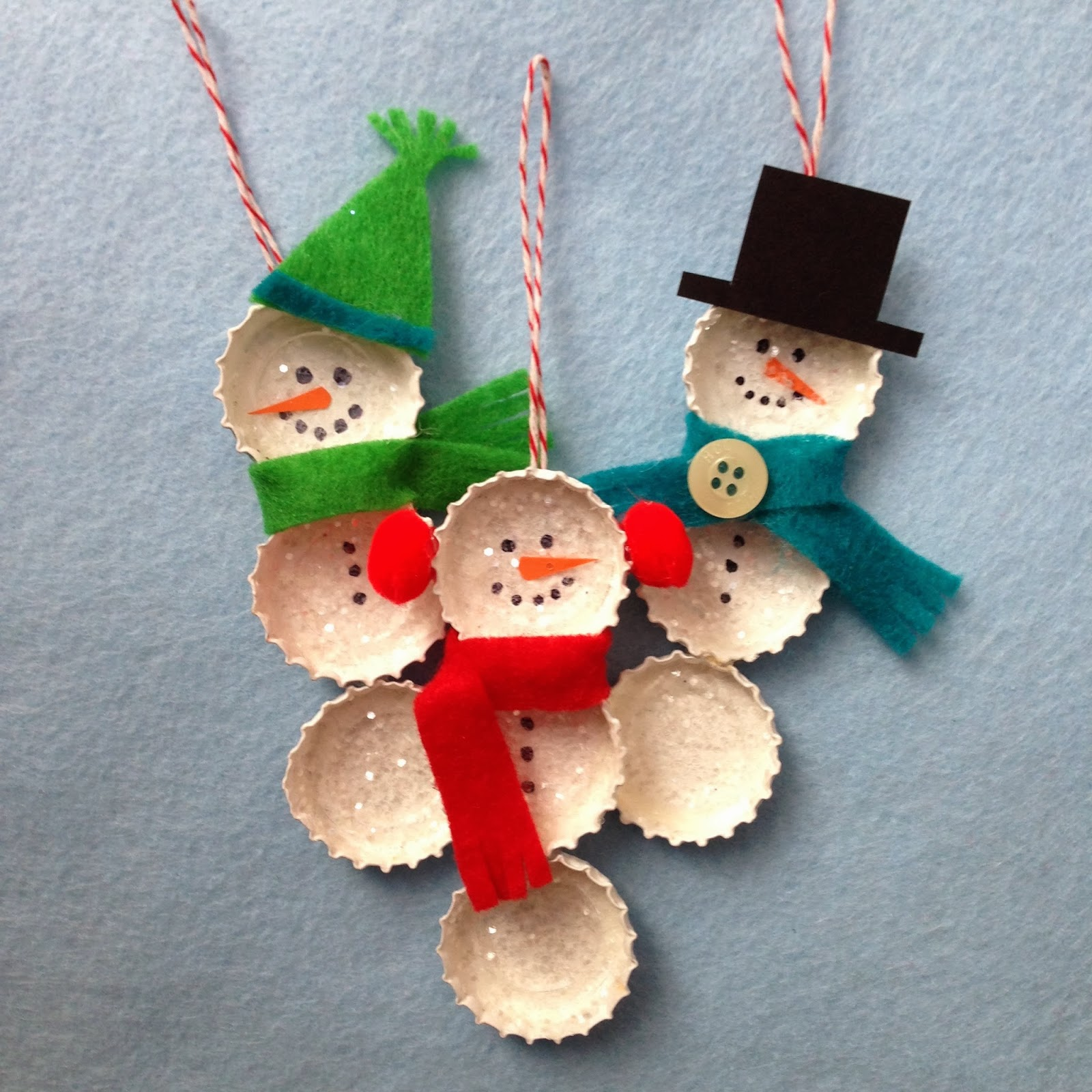 Christmas Crafts To Make: Crafty Lumberjacks: Bundled Bottle Cap Snowmen