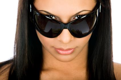 Namun mencegah menggaruk lensa dan mungkin tetap kacamata Anda dalam  kondisi yang baik dan akan ... b200a03207