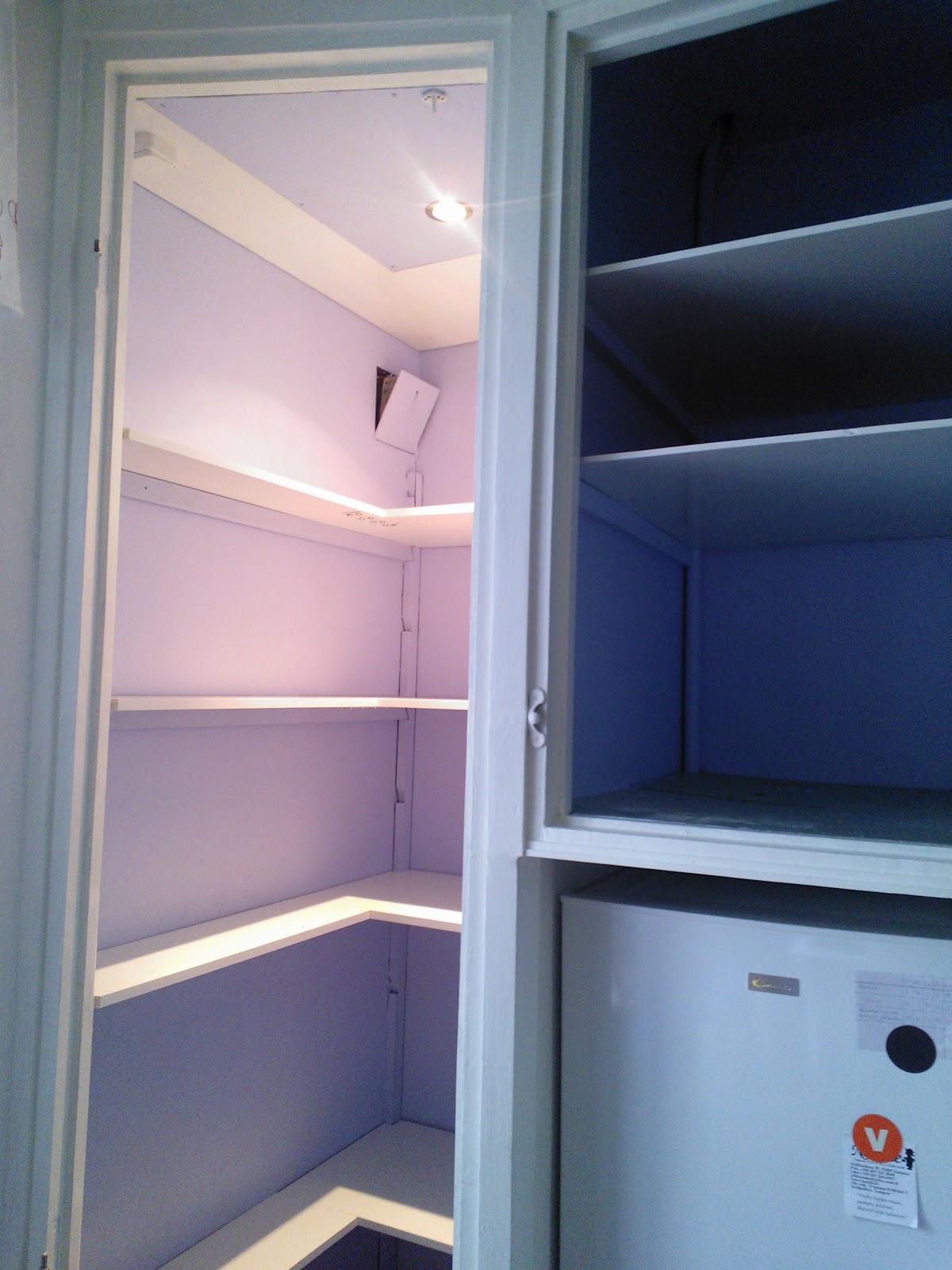uusi hylly jääkaappiin