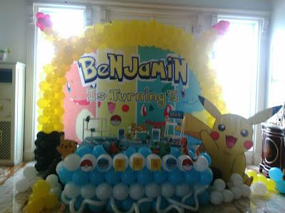 dekorasi pokemon menggunakan balon