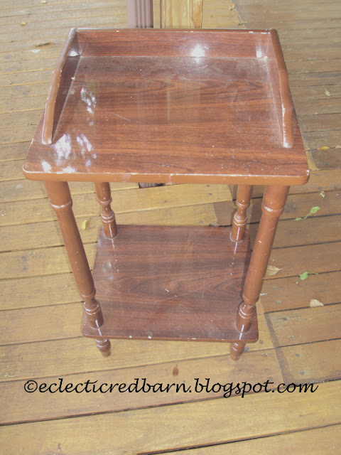 Eclectic Red Barn: Laminate Side Table