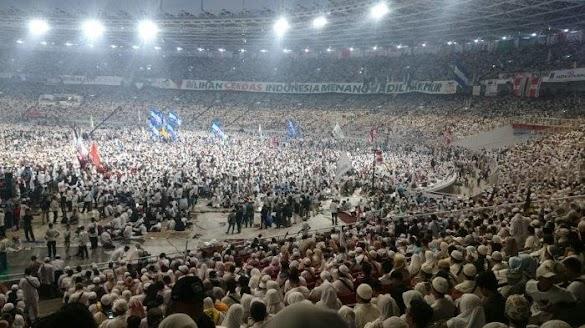 Prabowo Singgung 'People Power' oleh Amien Rais saat Kampanye Akbar: Lo Berani Enggak?