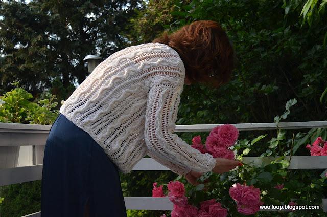 sweter ażur Muskat Drops, róża Laguna