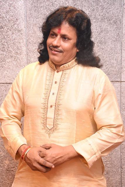14. Tabla maestro Kalinath Mishra ji 2