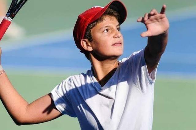 Ο Θοδωρής Μητσάκος στα ημιτελικά του VLTC Tennis Europe U14 στη Μάλτα