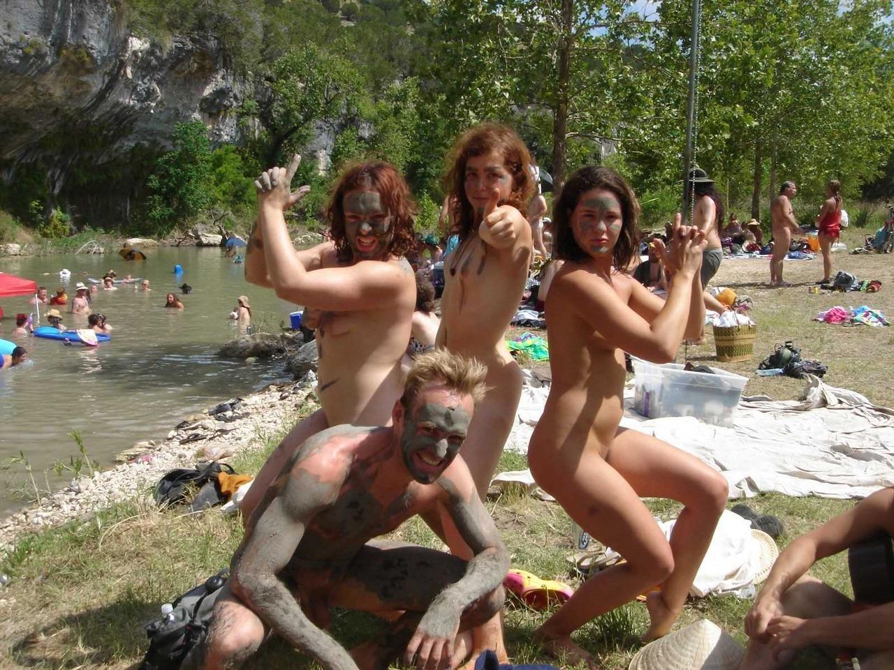 Нудисты фото нa пляжe  голые девушки нудистки фото