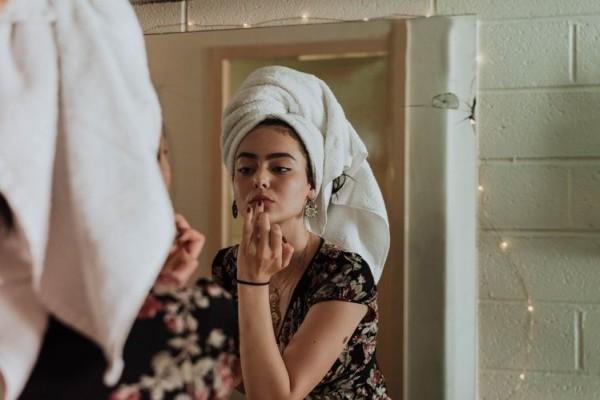5 Item Makeup Ini Wajib Banget Kamu Punya Meski Gak Doyan Dandan