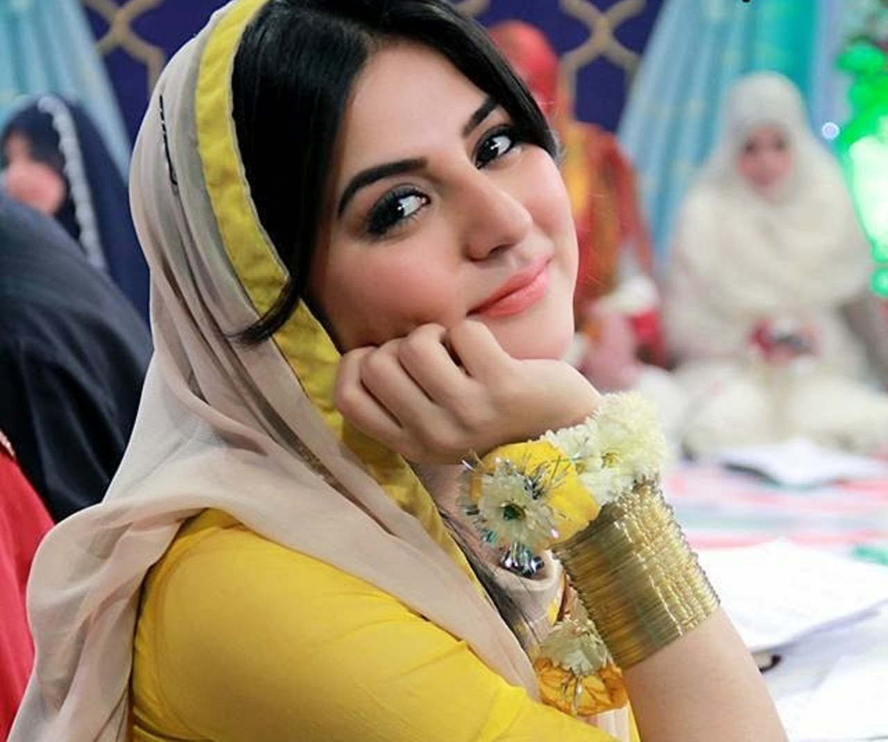 Cute Girl Hd Wallpapers 1080p Sanam Baloch Images Hd Wallpaper All 4u Wallpaper