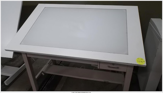 Good Drafting Table With Light Photo