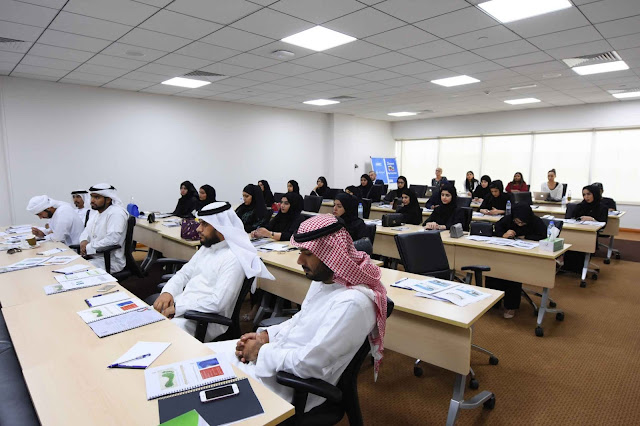 DEWA organises third batch of training sessions for students of the Carbon Ambassadors Programme