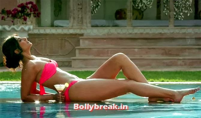 Sonam Kapoor in Bewakoofiyan, Bollywood Actresses in Pink bikini - 2014, 2013, 2012