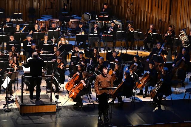 Frances-Hoad: Last Man Standing - Marcus Farnsworth, Martyn Brabbins, BBC Symphony Orchestra - Barbican Hall ( BBC/Mark Allan)