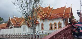 Wat Benchamabophit o el Templo de Mármol, Bangkok.