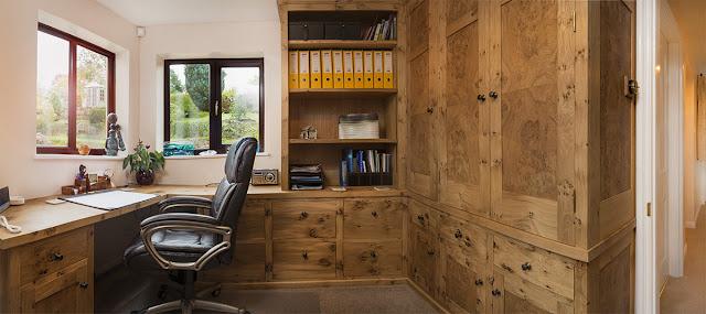 Домашний кабинет из массива экзотического дерева от Auspicious Furniture