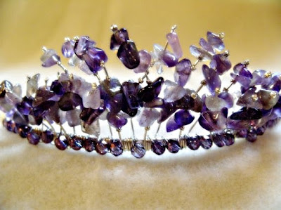 Make your own tiara with gemstones