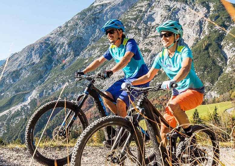 La bicicleta eléctrica beneficia el buen estado físico y la salud