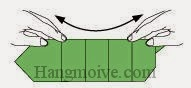 Bước 7: Bẻ gấp cạnh giấy lên để tạo độ cong.