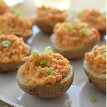 Receta para preparar papas rellenas con humus