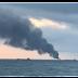 Két hajó is lángol a Kercsi-szorosban, robbanás állhat a háttérben