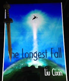 Portada del libro The Longest Fall, de Cixin Liu