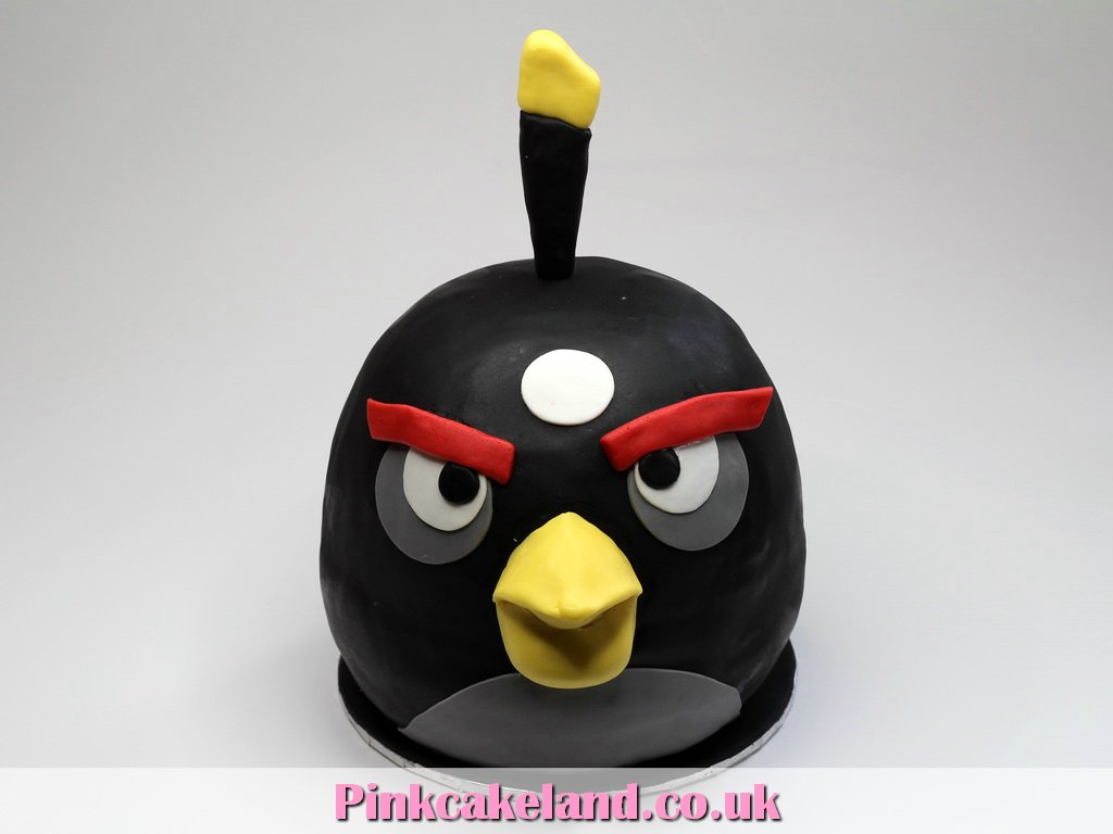 London Patisserie: Angry Birds 3D Cake
