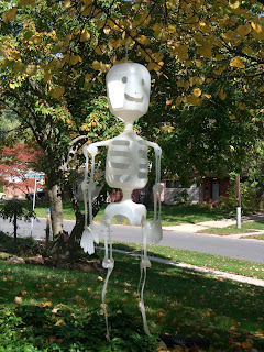 Make Mr. Bottle Bones made from recycled water bottles for Halloween