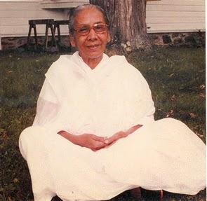 57c7d29f4b Dipa Ma (1911-1989) A régi Indiának a mai Bangladeshez tartozó részében  született, és felnőve Burmába költözött. Ott tökéletesen megtanulta a  vipasszaná ...
