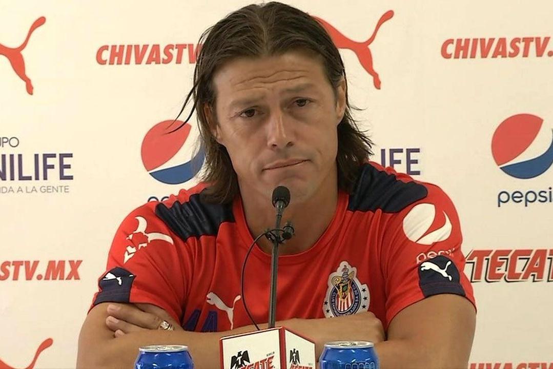Matías Almeyda, director técnico de Chivas.