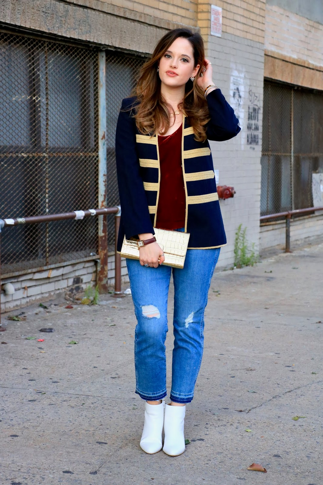 Nyc fashion blogger Kathleen Harper's boyfriend jeans outfit ideas