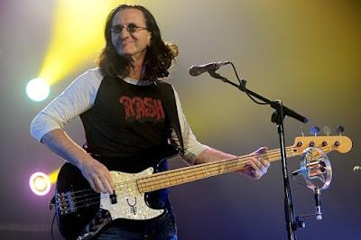 Bassist Terbaik Dunia
