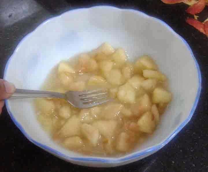 Peekaboo How To Stew Apple For Baby Food