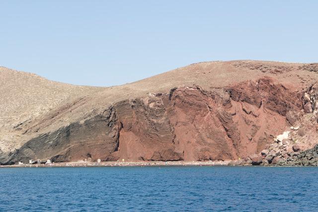 Crociera in catamarano a Santorini-Spiaggia rossa