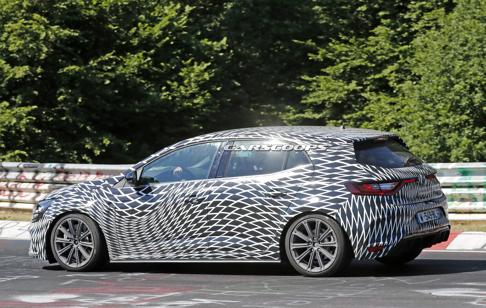 renault already started lapping new megane rs at the nurbugring carscoops. Black Bedroom Furniture Sets. Home Design Ideas
