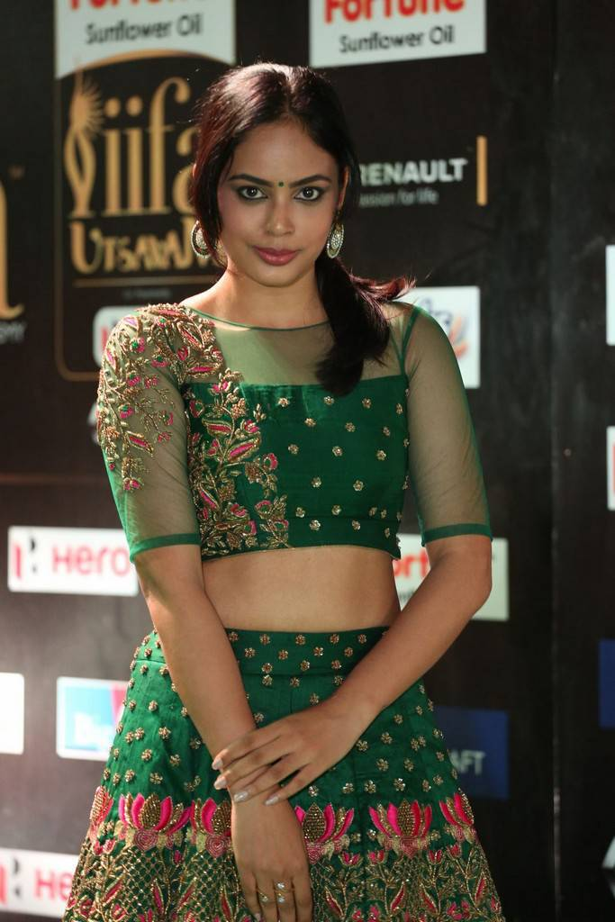 Indian Model Nandita Swetha At IIFA Awards 2017 In Green Dress