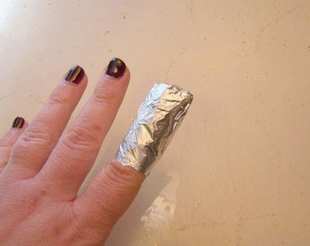 How To Remove Gel Nail Polish wrap
