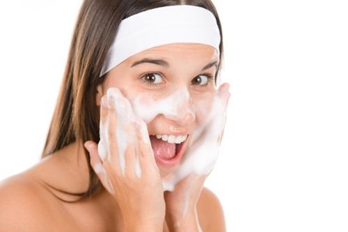 Limpeza da pele + Protetor solar