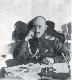 Polkóvnikov, Jefe del Distrito Militar de la Capital