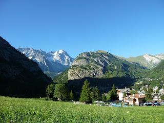 Courmayeur Tour del Mont Blanc