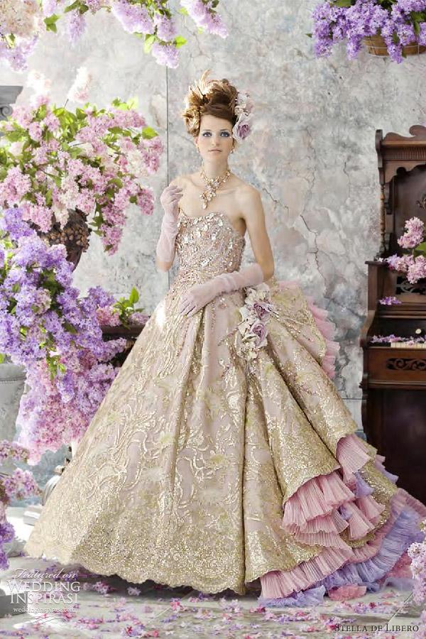 A Wedding Addict: Gold Wedding Gown's