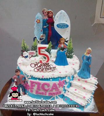 Frozen Kue Tart Ulang Tahun