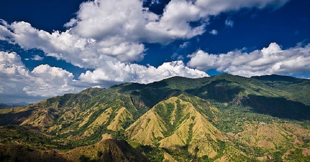 Nona Mountain (Gunung Nona Bambapuang)