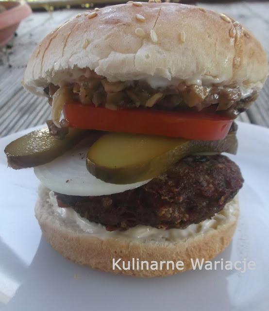 hamburger z pieczarkami