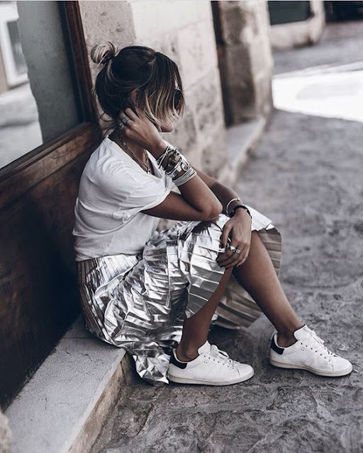 street style silver pleated midi skirt and sneakers