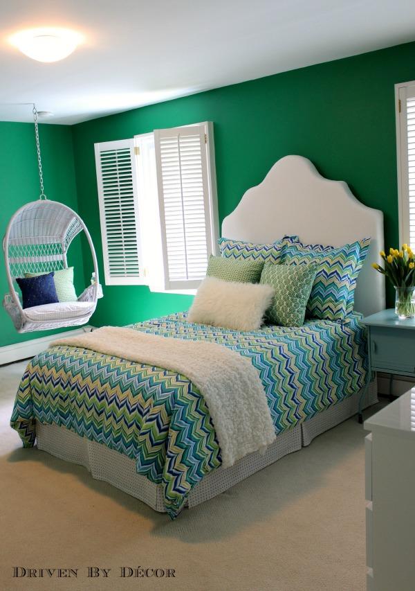 Paint color for tween bedroom