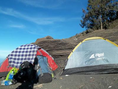 tenda-santri dan alam